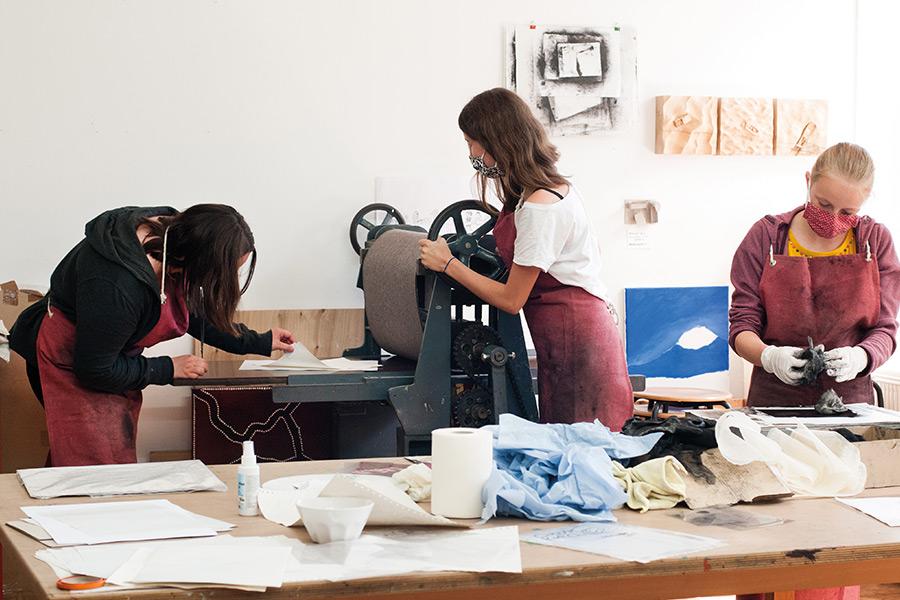 So macht Drucken Spaß - gemeinsam im Team - Schulpojekt Druckwerstatt